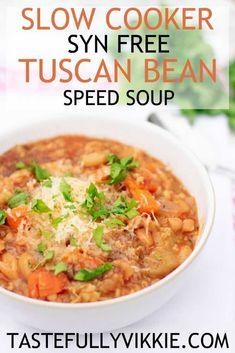 Slimming World Tuscan Bean Soup - Syn Free & Slow Cooker - Tastefully Vikkie - Salad Recipes Slow Cooker Slimming World, Slimming World Vegetarian Recipes, Bean Soup Recipes, Lunch Recipes, Healthy Recipes, Slow Cooker Soup, Slow Cooker Recipes, Speed Soup, Tuscan Bean Soup