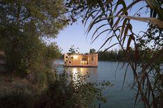 Fig.3 Atelier Lavit, Eco-hotel, Lac de la Lionne, France, 2017