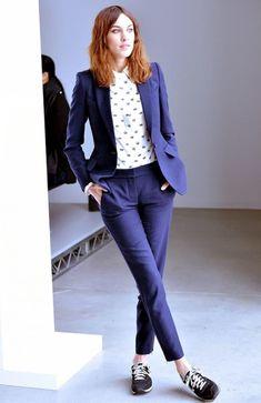 Pant suit & Sneaker