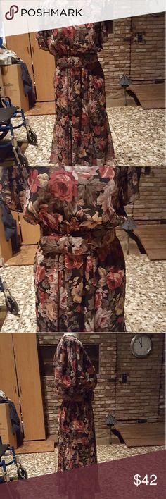 Lovely vintage belted dress Shoulder pads, cute floral 80s dress sz 8 Vintage Dresses Midi