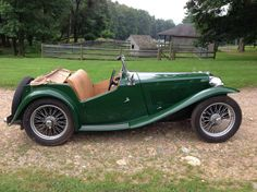 This is THE car I loved as a kid - in british racing green, of course!