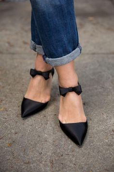 Cute little bow pumps with cuffed jeans
