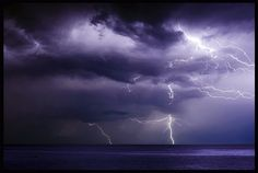 ...lightning in the rain... by zio.paperino, via Flickr