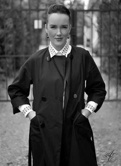 O cămașă ALISIA ENCO este o piesă statement în business și vorbește ea însăși despre standardele celei care o poartă. Alice, Coat, Jackets, Fashion, Down Jackets, Sewing Coat, Moda, La Mode, Coats