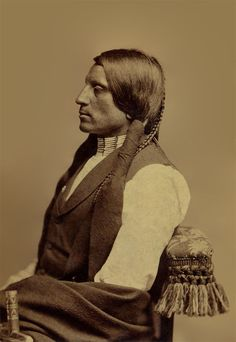 An old photograph of the Native American known as Red Shirt aka Ogalesha - Sioux 1880 [B]. Native American Images, African American History, Native American Indians, Sioux, Indian Pictures, Black History Facts, Native Indian, Red Shirt, First Nations