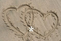 Two Hearts Sand Beach - Bing Images Heart In Nature, I Love Heart, With All My Heart, All You Need Is Love, My Love, Such Und Find, Two Hearts, Follow Your Heart, Beach Fun