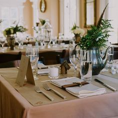 Like the simple table setting and brown and green