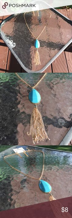 NWT Necklace and Earring Set NWT and on trend for Fall! Jewelry Necklaces
