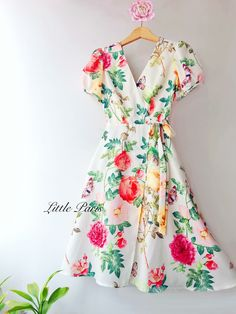 Maxi Outfits, Casual Dress Outfits, Blush Prom Dress, Chiffon Dress, Floral Fashion, Fashion Dresses, Indian Gowns Dresses, Super Cute Dresses, Retro Dress