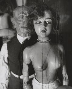 Marionnettes de Pilsner, 1929... I hope she just not dressed. heehee.k