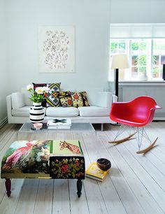 Bright Colors/WHITE/Eames Rocking Chair
