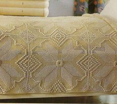 Crochet Carpet, Bed Spreads, Crochet Projects, Origami, Crochet Patterns, Blanket, Rugs, Collars, White Bedspreads
