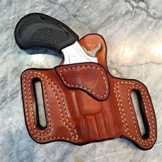 NAA-22-Magnum-034-Black-Widow-034-or-034-PUG-034-CROSS-DRAW-HOLSTER Knife Holster, Pistol Holster, Leather Holster, Pocket Pistol, Leather Projects, Leather Crafts, Cross Draw Holster, North American Arms, Inside The Waistband Holster
