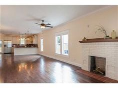 Bungalow for Sale in Tampa, FL