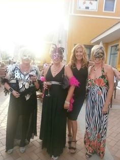 Great Night at The Pink Ladies Summer Ball for cancer 2013