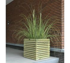 Planter from Hillhout - Elan bloembakken vierkant Excellent Wooden Planter Boxes, Planter Pots, Dream Garden, Home And Garden, Backyard, Patio, Garden Seating, Outdoor Living, Outdoor Decor
