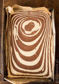 Animal Print Rug, Cake Recipes, Baking, Food Cakes, Desserts, Christmas, Cakes, Tailgate Desserts, Xmas