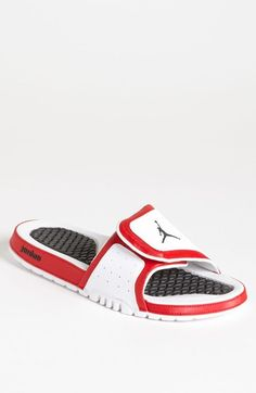 90f033e7edbb 32 Amazing Jordan sandals images