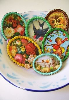 Beaded frames for tiny treasures by Silly Old Suitcase