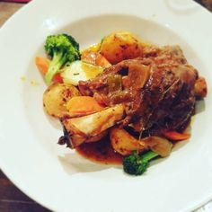 Daily Special Braised Ontario Lamb Shank ($23.99) in a Dark Ale Broth: Fall off the bone tender! The dark ale does balanced out the gameiness of the lamb (Rating: 3.5/5) Off The Bone, Lamb Shanks, Daily Specials, Pressure Cooker Recipes, Ontario, Ale, Pork, Chicken, Kale Stir Fry