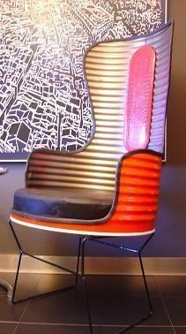 R cup rer un vieux baril d huile de garage et le transformer en fauteuil pour un look d co - Tabouret bidon d huile ...