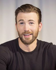 Chris Evans during the 'Captain America: Civil War' film photocall in Los Angeles, California on April 10, 2016.