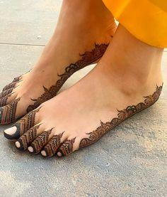Pretty Henna Designs, Mehndi Designs Feet, Latest Bridal Mehndi Designs, Legs Mehndi Design, Mehndi Designs 2018, Stylish Mehndi Designs, Mehndi Designs For Girls, Mehndi Design Photos, Wedding Mehndi Designs