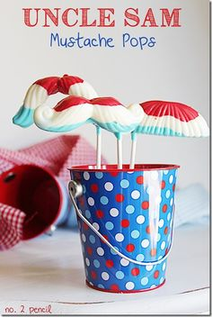 What better way to get in the 4th of July spirit than mustaches and Uncle Sam?! :: Uncle Sam Mustache Pops for 4th of July