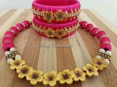 Silk Thread Bangles Design, Silk Thread Necklace, Silk Bangles, Beaded Necklace Patterns, Beaded Jewelry Designs, Thread Jewellery, Jewelry Patterns, Thread Chains, Thread Art