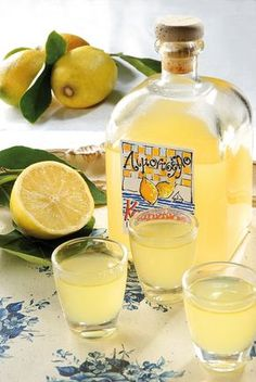 Lemon Recipes, Greek Recipes, Cetogenic Diet, Food Network Recipes, Cooking Recipes, Lemon Liqueur, The Kitchen Food Network, Greek Sweets, Keto Drink