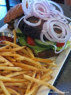 Vegan Burger, Chef David Hall, Urban Grill and Wine Bar (Lake Forest, CA) #vegan