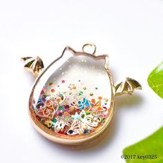 Diy Resin Art, Diy Resin Crafts, Uv Resin, Kawaii Jewelry, Kawaii Accessories, Cute Jewelry, Magical Jewelry, Resin Charms, Miniature Crafts