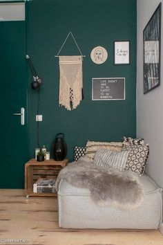 Home Decorators Lighting Collection Bedroom Green, Living Room Sets, Home Hacks, Home Staging, New Room, Home And Living, Interior Inspiration, Home Furniture, Room Decor