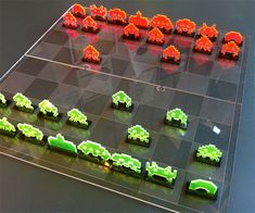 Space Invaders Chess Set | DudeIWantThat.com