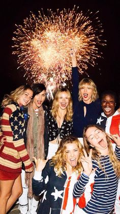 Taylor Swift ♥ Happy 4th of July!