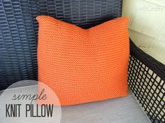 Simple knitted cushion cover