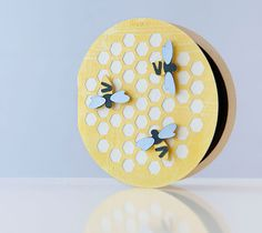 DIY Honeycomb Bee Card. Make It Now in Cricut Design Space with the Cricut Explore machine.