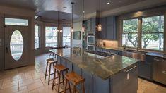 Modern Kitchen   Att