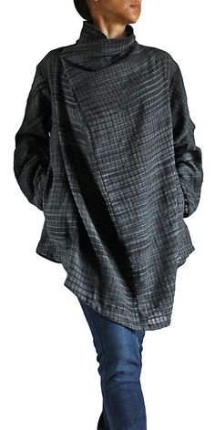 Hand Woven Cotton Nomad Tunic by SawanAsia on Etsy… Beautiful Outfits, Cool Outfits, Casual Outfits, Fashion Outfits, Plus Dresses, Casual Dresses For Women, Relaxed Outfit, Knitted Poncho, Japan Fashion