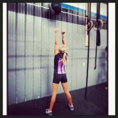 Haha oh the feeling of thinking a wod is going to be easy  then it kicks your ass!  WOD: 25 wall balls  100 singles 12 min AMRAP.  almost 5 rounds completed.  #crossfit #crossfitgirls #wod #weights #weights #jumprope #wallballs #medicineball #squats #gym #girlsthatlift #amrap #fit #fitfam #fitness #exercise #sore #low #weightlifting #legs #endurance - http://girlsworkhard.com/haha-oh-the-feeling-of-thinking-a-wod-is-going-to-be-easy-then-it-kicks-your-ass-wod-25-wal