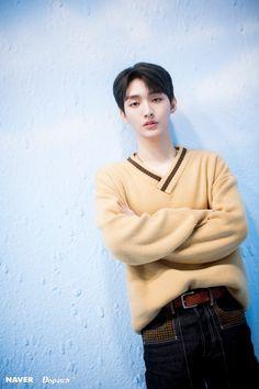 Yoon Jisung Cr: Naver x Dispatch Solo Male, Lai Guanlin, Kim Jaehwan, Ha Sungwoon, Meme Lord, New Journey, Korean Artist, Ji Sung, 3 In One