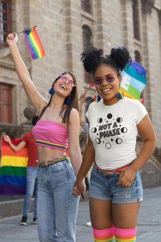 Tolle Logos, Transgender, Hugs, Gay Pride Shirts, Gay Pride Outfits, Bisexual Pride, Pride Parade, Rainbow Pride, Rainbow Flag