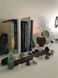Crystals And Gemstones, Stones And Crystals, Room Ideas Bedroom, Bedroom Decor, Crystal Room, Crystal Aesthetic, Aesthetic Room Decor, Dream Rooms, Decoration