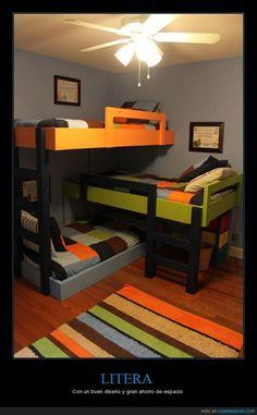 Poco espacio, pero bien utilizado. Litera para 3 niños con un buen diseño y gran ahorro de espacio.