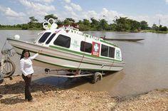 VEHÍCULOS DE EMERGENCIA  Imagen del pasado octubre, de la entrega de una nueva ambulancia acuática en el Municipio de San Pablo, para su Hospital con el mismo nombre, en la región de Bolívar, Colombia.