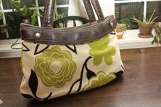 DYI: Thirty-One Skirt Purse Tutorial this is perfect! I love thirty-one's bags, but not the patterns! now i can make my own skirts for the purse!