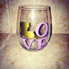 Louisiana LOVE Stemless Wine Glass by CFSCustomCreations on Etsy
