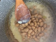 Babičkina fazuľová kaša (fotorecept) - recept | Varecha.sk Black Eyed Peas, Beans, Vegetables, Food, Essen, Vegetable Recipes, Meals, Yemek, Beans Recipes