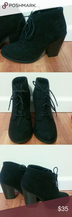 Black booties! Black sude Booties!! In perfect conditions like new! Only worn a few hours. They are 7.5 but they run small like a 7. ?Smoke and Pet free Call It Spring Shoes
