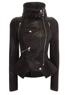 Covet Garden: Alexander McQueen Motorcyle Jacket (my boyfriend says all this is missing is two classic Israeli Uzis) Vogue Fashion, Look Fashion, Autumn Fashion, Fashion Women, High Fashion, Winter Fashion Boots, Classy Fashion, Fashion Black, Lolita Fashion